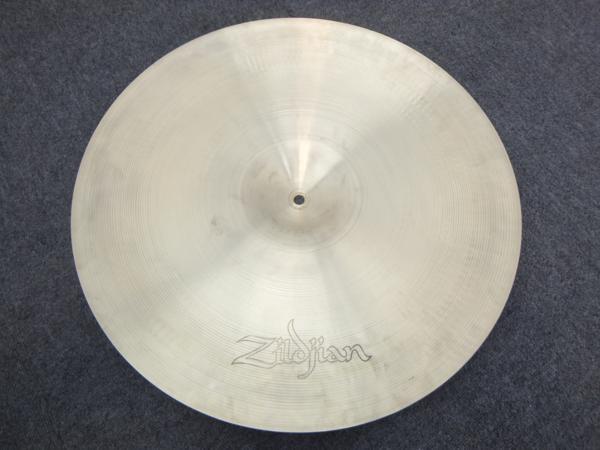 Zildjian(ジルジャン)ミディアム 20インチ 白抜きタイプ