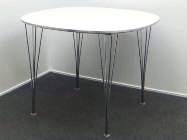 FritzHansen フリッツハンセン Bテーブル ホワイト